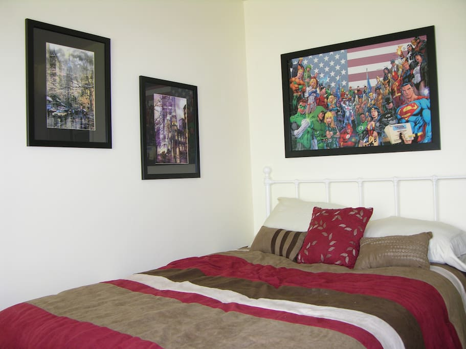 Guest's bedroom with new ultra comfortable mattress, flat panel TV, plenty of closetspace and work desk