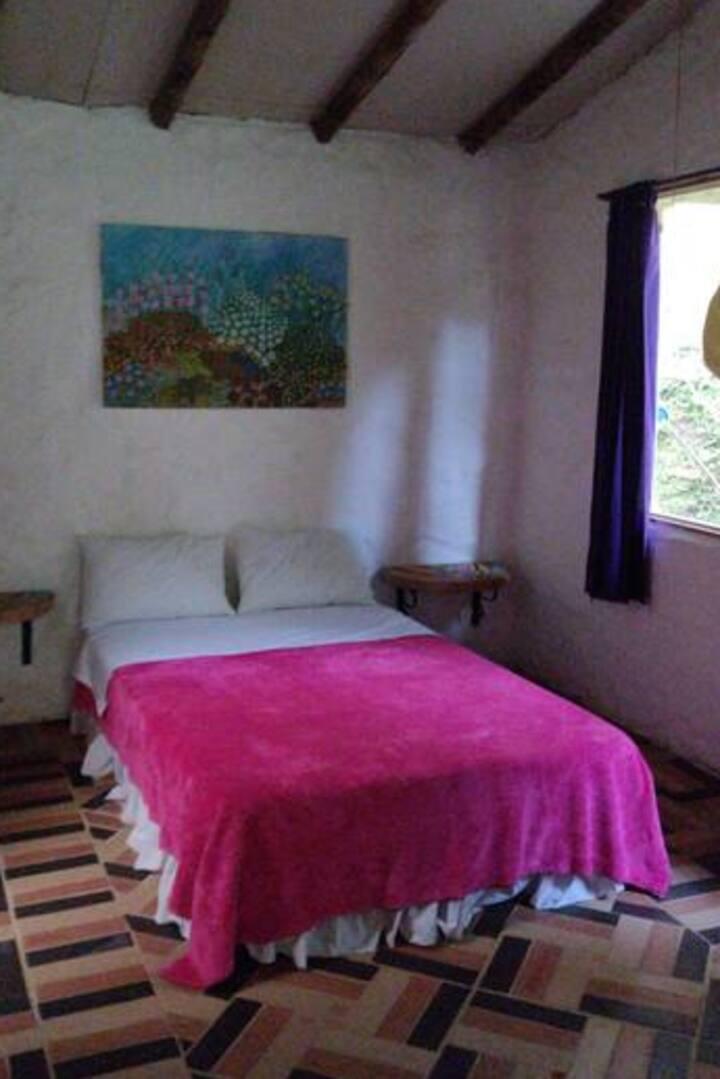 Azulejo en los Gulungos Lodge