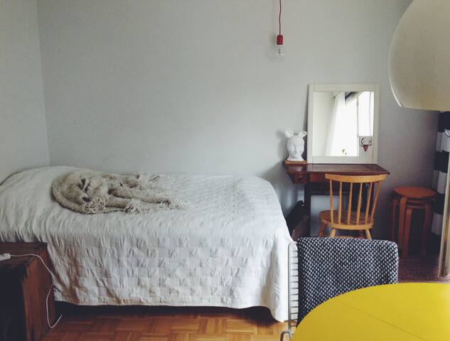 City centre studio with sauna and free parking - Oulu - Apartment