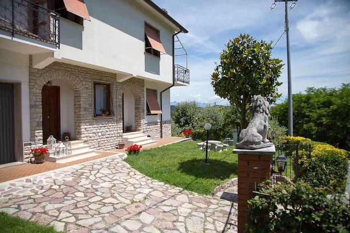 Villa Pina - Ponzò (Riccò del Golfo) - Haus