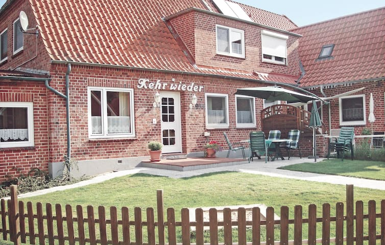 Semi-Detached with 4 bedrooms on 113m² in Hohwacht