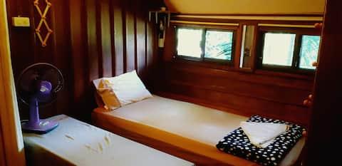 1 Bed, Fan/Ceiling Fan Room, Nature Outside Window