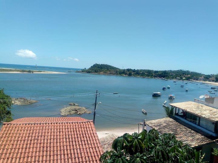 Casa em frente para o mar na orla de Itacaré lugar