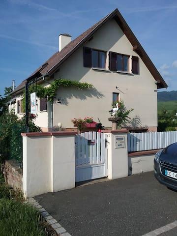 """Gîte """"A la cigogne"""""""