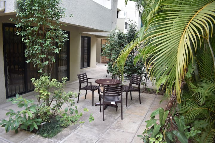 Private and Cosy room near to Pune University