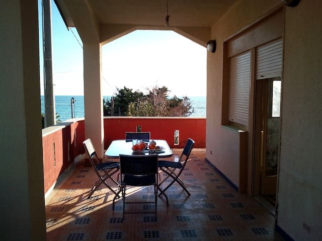 NEW!  Sciacca Splendido Appartamento Seaside x 6!