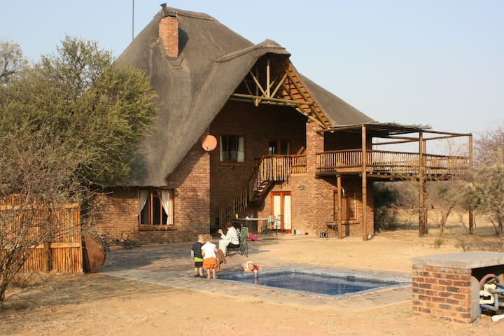 Private Bush Lodge - Olievenfontein - Mabalingwe
