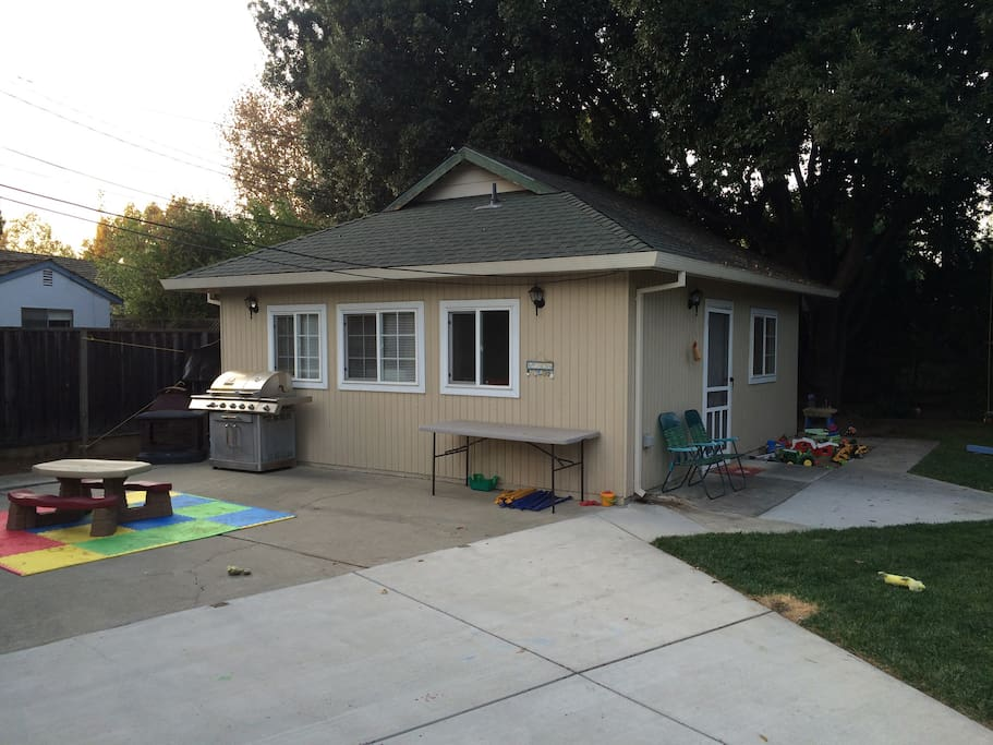 Super Bowl Secluded In Law Unit Houses For Rent In San