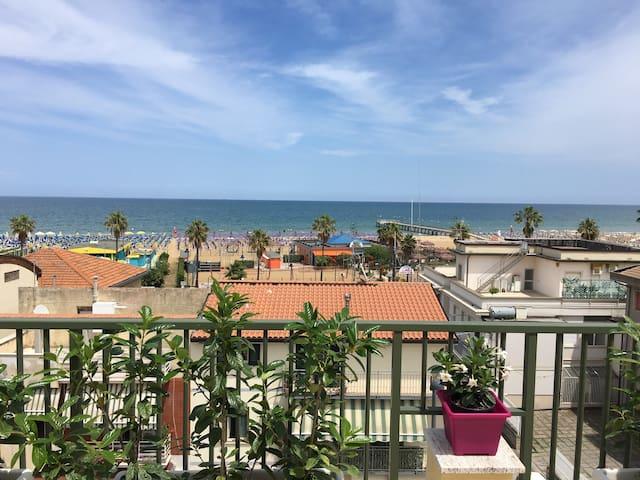 MAMMA beach house