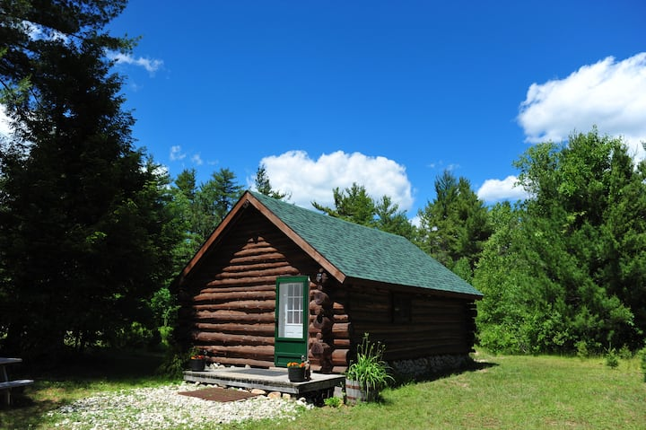 Quaint Cabin in Schroon