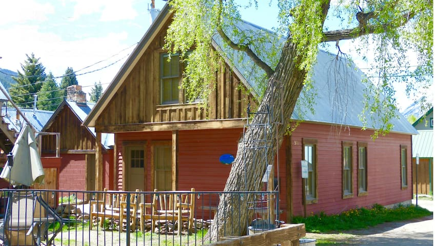 Walk to Everything! Best Location in Town! - Crested Butte - Hus