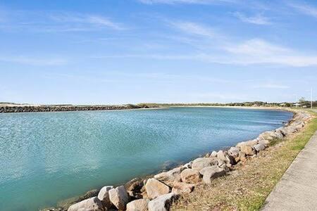 Lakeside Dream - Lake Illawarra