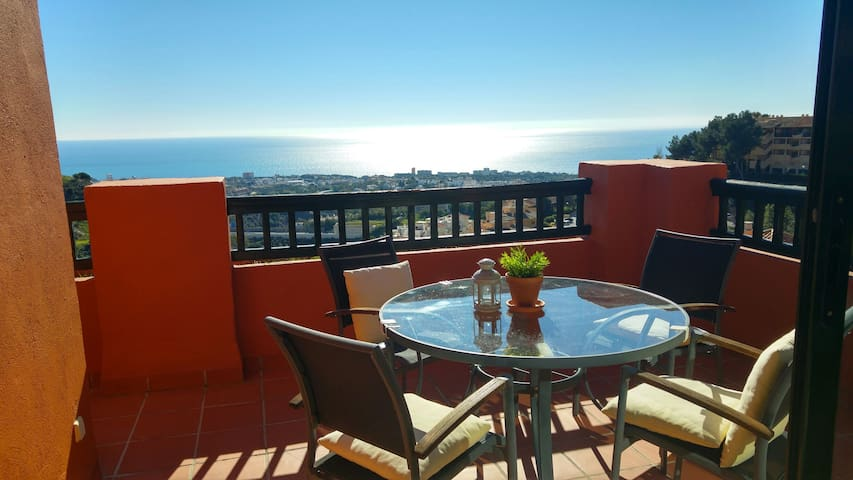 Wonderful Sea View Apartment - Calahonda Hills - Sitio de Calahonda - Leilighet