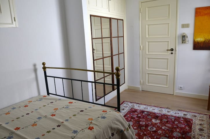 Duplex One bedroom at the Beach - Parede - Talo