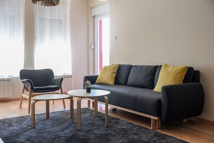 Lux apartment in Pancevo 70m2 +25m2, Tamis Kapija