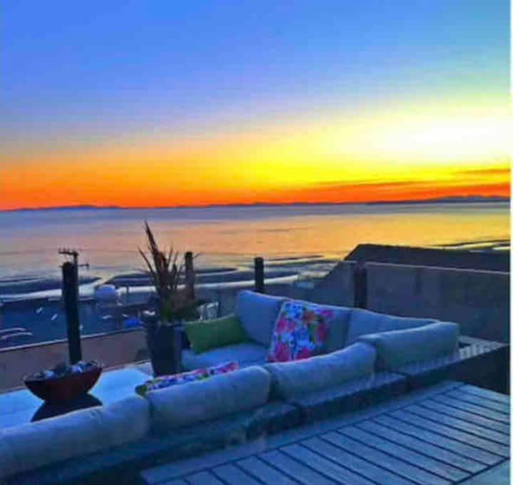Luxurious 5 Star Ocean View~Braveheart Beach House