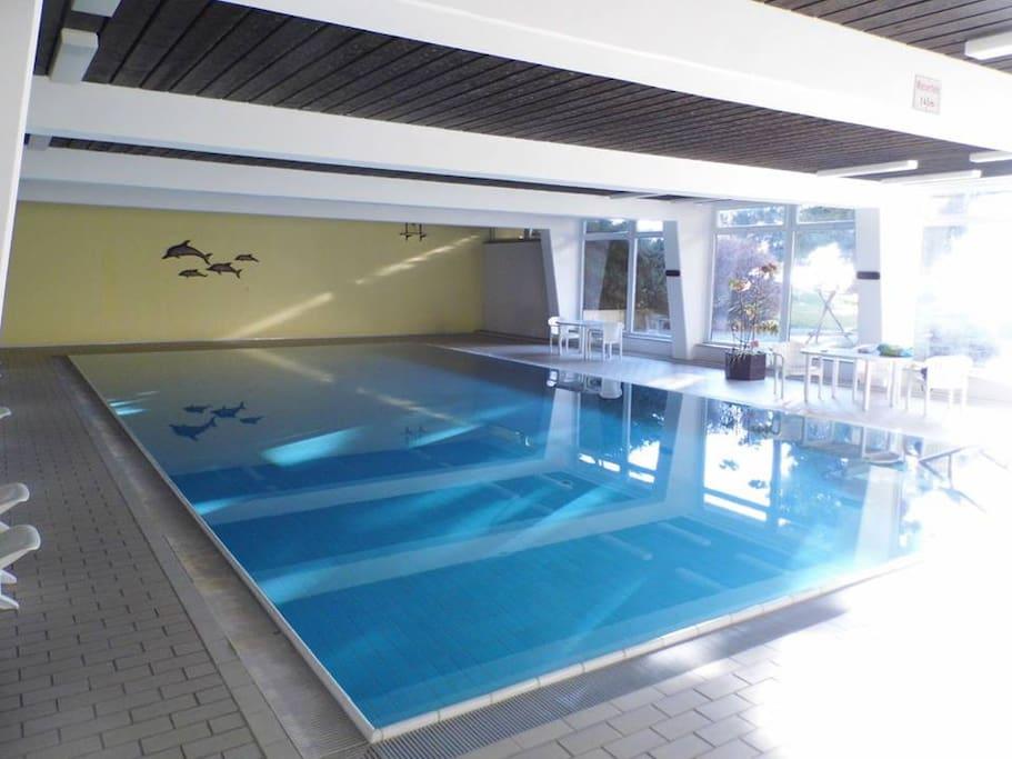 Schwimmbad zur freien Nutzung