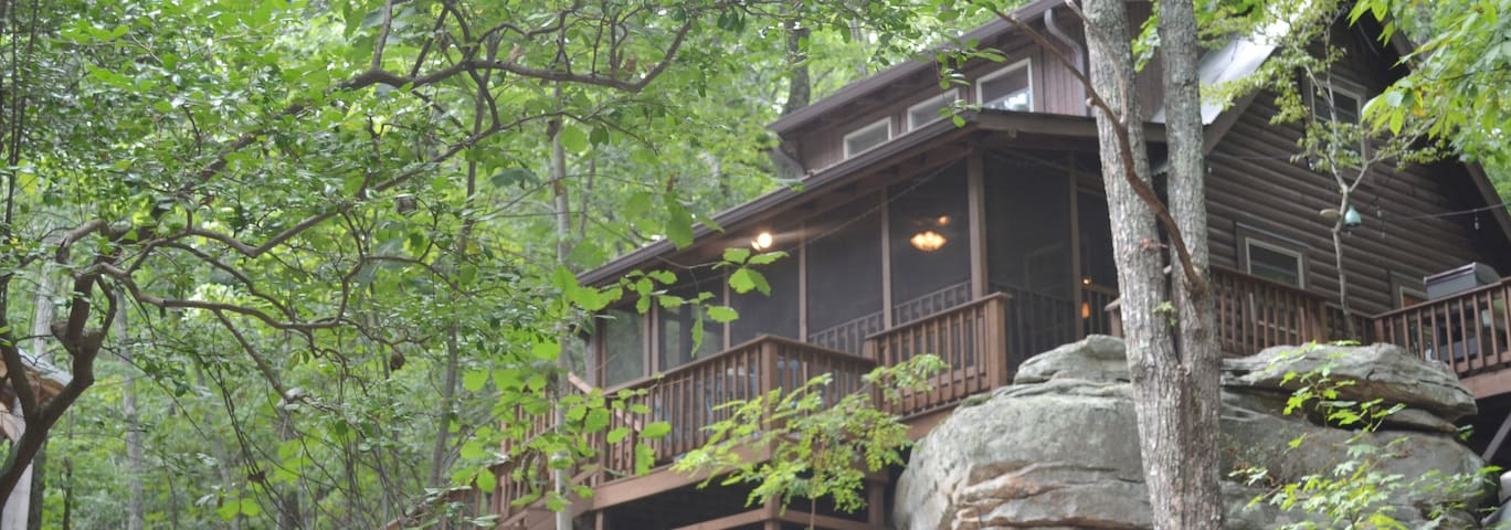 TreeTops—Mentone cabin in the boulders