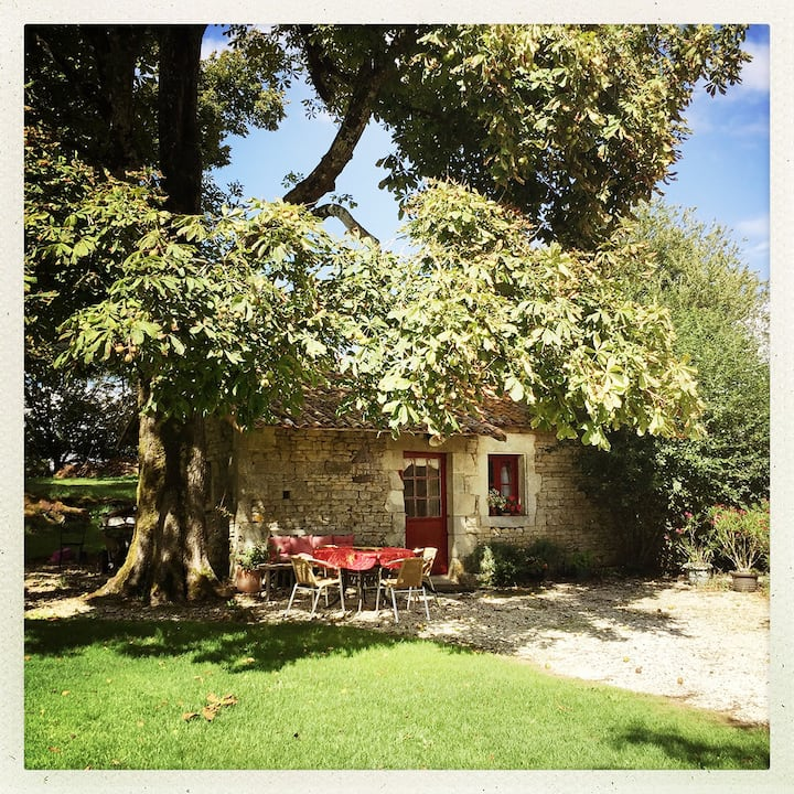 Self catering cottage / French farm