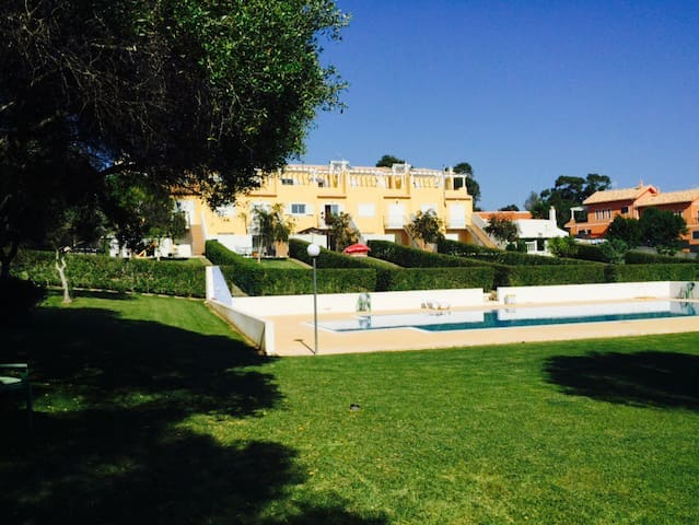 LUX APART WITH POOL 800M FROM BEACH - Albufeira - Apartemen