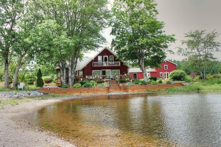 Timely Manor, Lochaber Lake