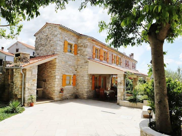 Countryhouse VALENTINA - istrian stonehouse