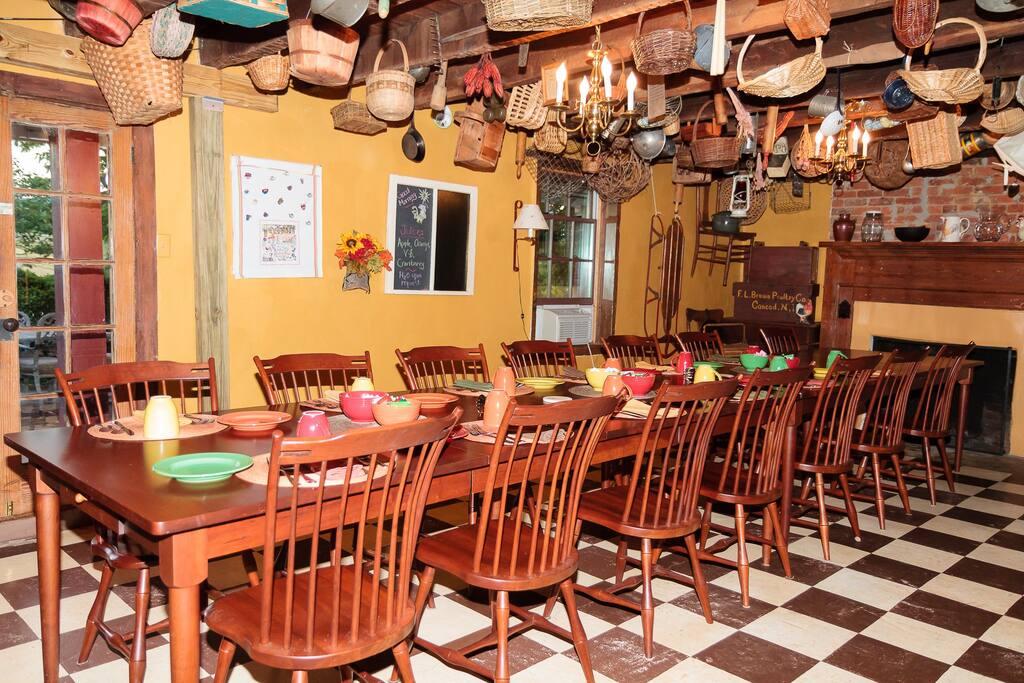 Old Tavern Dining Room
