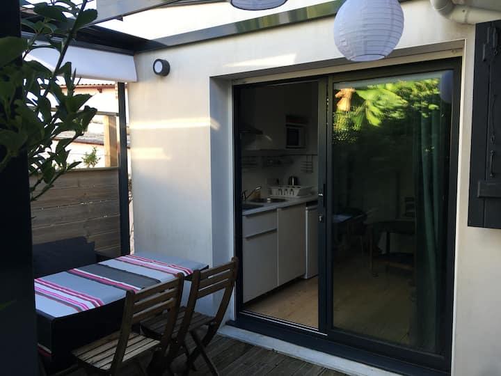 Ravissant studio avec terrasse & jardin à Biarritz