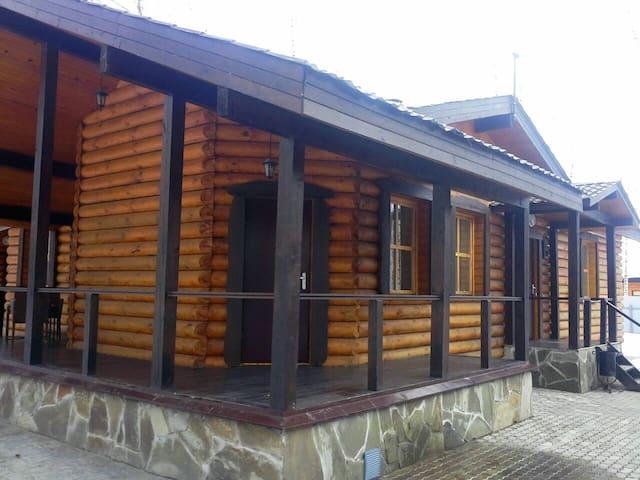 Уютный коттедж на природе - Cazã - Alojamento ecológico