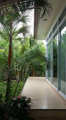 Tropical villa in SamuiIsland