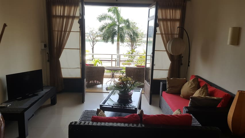 Phnom Penh Riverview Apartments 1st floor