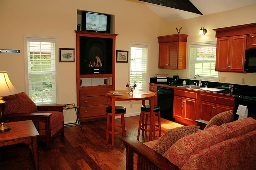 All the modern amenities of home exist in this 460 sq. ft. studio style cottage.