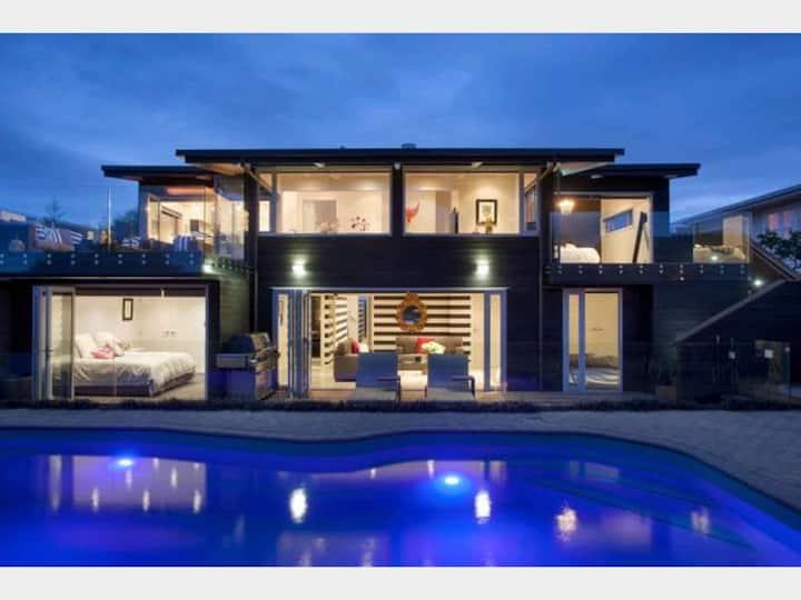 Resort like House in Glendowie