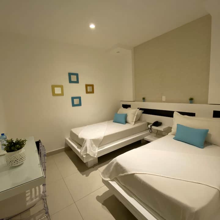 Green Palace Hotel Room, Double Beds (DOBLE)
