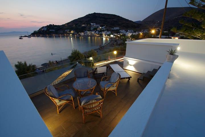 Aniv Villa By The Sea