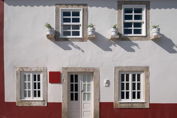 Casa STONE, Lugares com História
