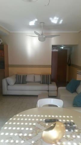 Excelente departamento con cochera - Mar del Plata - Lägenhet