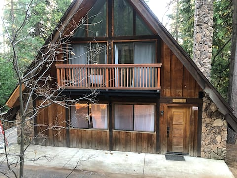Designer A-frame cabin in a great location