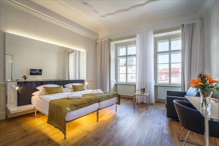 Deluxe Double room just under the Prague Castle