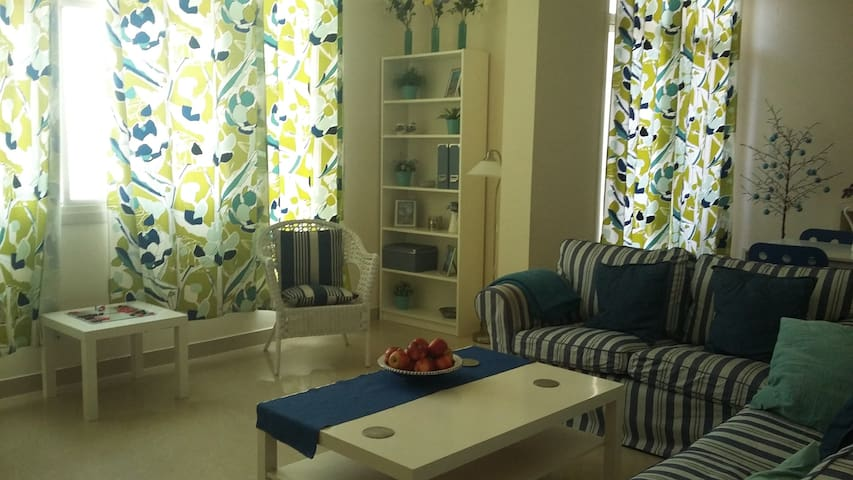 Cozy en-suite bedroom in the heart of Al Ain - Al Ain - 公寓