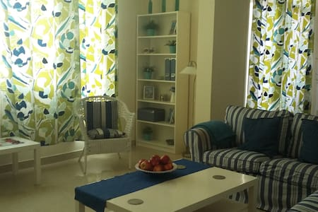 Cozy en-suite bedroom in the heart of Al Ain - Al Ain