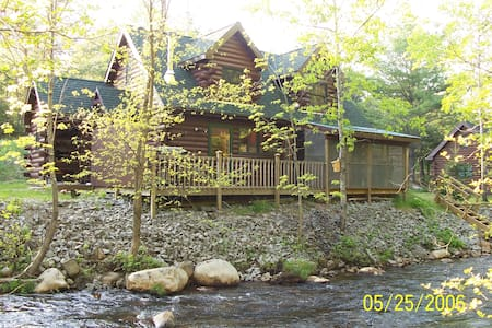 Creekside Cabin--Close to Gore - North Creek - Cabin