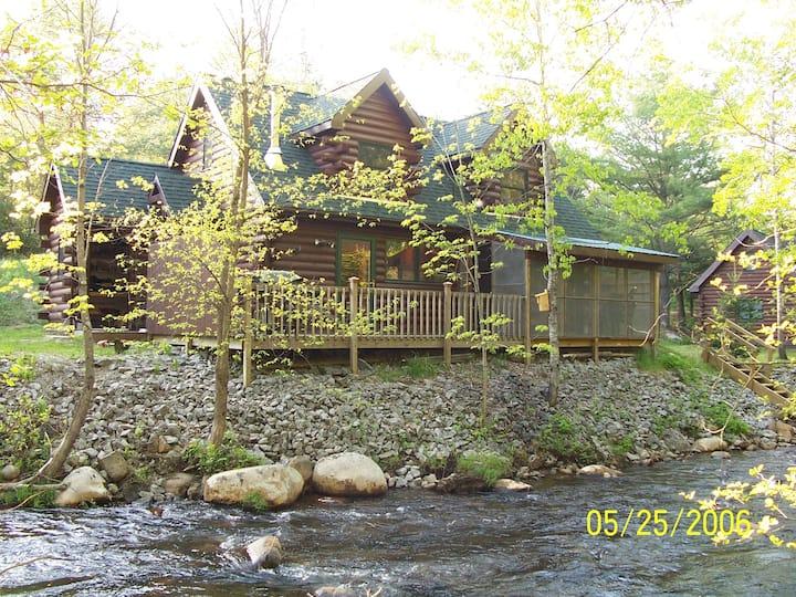 Creekside Cabin Close to Gore Mtn ski resort+sauna