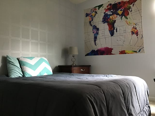 Bright*Quiet*Cozy 1BR near Whitewater Center