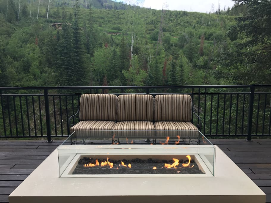 Fire table, Lower Deck