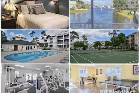 Close to Beach & Main St w/Pool/Gym/Tennis/Hot Tub