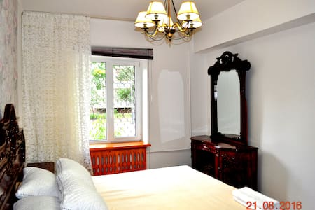 BOOK 3 NIGHTS GET 1 FREE* Amazing Flat in Bishkek - Bischkek