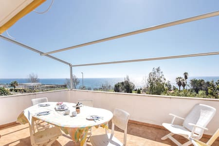 Holiday apartment with 2 bedrooms on 50m² in Le Castella