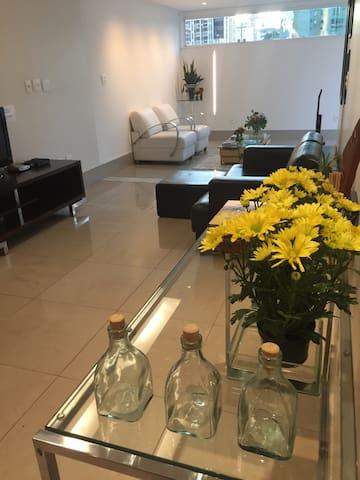 Apartamento no coração da Savassi - Belo Horizonte - Lägenhet