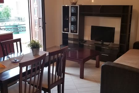 Apartment in the Central Square of Fournoi
